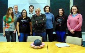 Prof. Marek Abramowicz a jeho studenti na Slezské univerzitě Autor: Ondřej Durzak