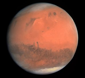 Planeta Mars a její polární čepičky Autor: ESA & MPS for OSIRIS Team MPS/UPD/LAM/IAA/RSSD/INTA/UPM/DASP/IDA, CC BY-SA