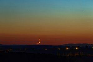 Tenký měsíční srpek Autor: Richard Kotrba