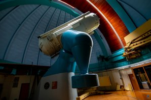 Perkův dalekohled s pootevřenou štěrbinou Autor: Zdeněk Bardon