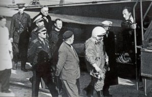 Gagarin nastupuje ke svému letu Autor: Roskosmos