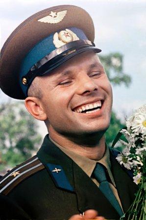 Gagarin si užívá slávu po návratu Autor: Roskosmos