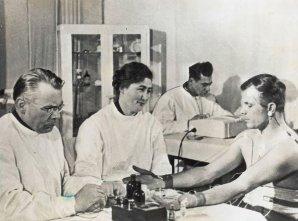 Gagarin na předstartovních zdravotních testech Autor: Roskosmos