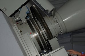 Detail šnekového kola hodinové osy dalekohledu ZEISS 1-M RCC, OGS, Observatoř Teide, Tenerife Autor: Zdeněk Bardon