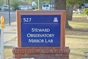 Původní označení Laboratoře zrcadel. Tucson, Arizona, USA Autor: Zdeněk Bardon