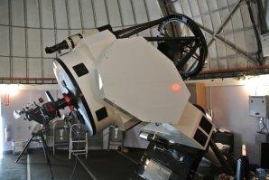 Schulmanův dalekohled 0,81 m Ritchey-Chrétienův reflektor. SkyCenter, Mt. Lemmon, Arizona, USA Autor: Zdeněk Bardon