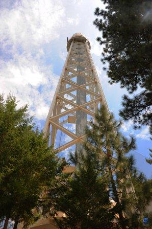 150 feet Solar Tower - věžový sluneční dalekohled. Mt. Wilson, Kalifornie, USA Autor: Zdeněk Bardon