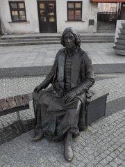 Mikoláš Koperník na náměstí ve Fromborku Autor: Jaromír Ciesla