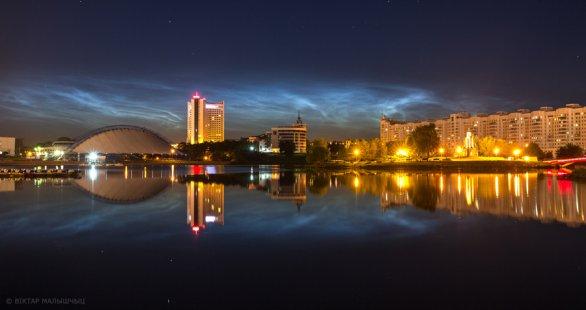 Noční svítící oblaka nad Minskem v Bělorusku. Autor: Viktar Malyshchyts