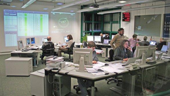 Pohled do Lander Control Center v DLR v Kolíně nad Rýnem. Autor: DLR Portal.