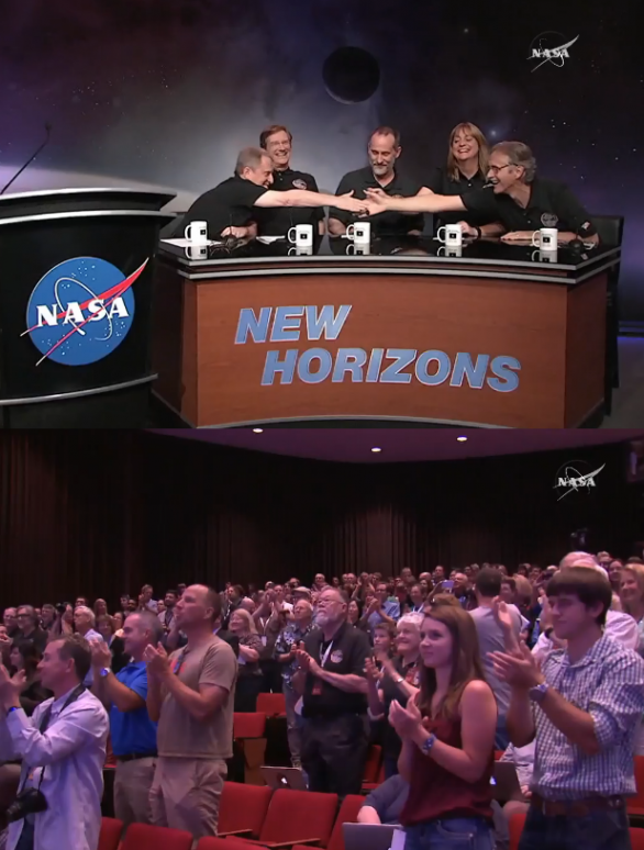 Ovace týmu New Horizons Autor: NASA TV