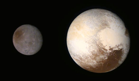 Pluto a Charon z 250 000 km, zvýrazněné barvy Autor: NASA/JHUAPL/SWRI