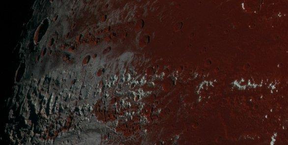 Dvě různé oblasti na rozhraní světla a temnoty na Plutu Autor: NASA/JHUAPL/SWRI