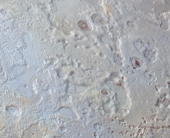 Zajímavé krátery severně od oblasti tvaru srdce na Plutu Autor: NASA/JHUAPL/SWRI
