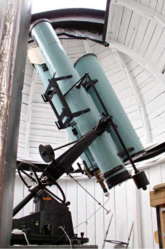 Bečvářův dalekohled v Úpici Autor: Zbyněk Melich
