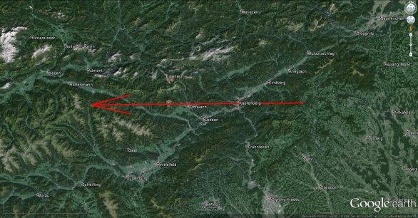 Dráha bolidu nad Rakouskem. Autor: Google/Pavel Spurný.