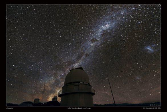Mléčná dráha v Chile nad Dánským dalekohledem na observatoři La Silla. Autor: Zdeněk Bardon