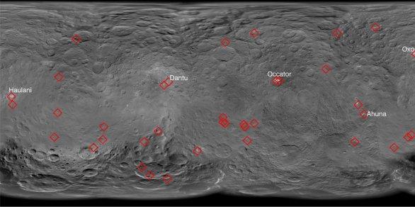 Mapa světlých skvrn identifikovaných na povrchu Ceresu Autor: E. Palomba et al., LPSC2016