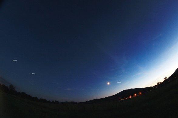 Konjunkce Měsíce a planety Jupiter Autor: Antonín Hušek