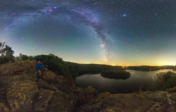 Hvězdný vodopád nad Sečskou přehradou Autor: Petr Horálek