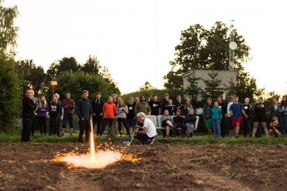 Start rakety a účastníci Astronomické expedice 2016. Autor: Roman Dvořák