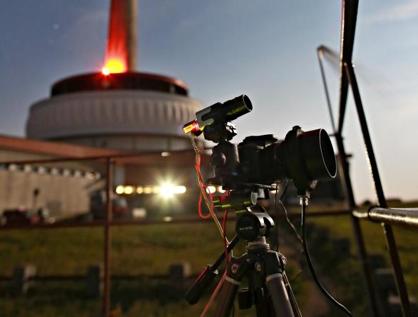 Sestava k fotografování Red Sprites, využitá v létě 2016 u vysílače Praděd. Autor: Daniel Ščerba