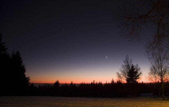 Měsíc, Venuše a Mars večer 31. prosince 2016 Autor: Martin Gembec