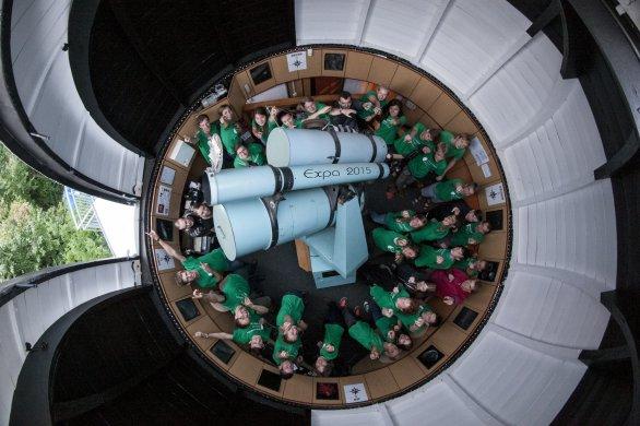 Účastníci Astronomické expedice 2015 v kopuli Hvězdárny v Úpici. Autor: Michal Kroužel