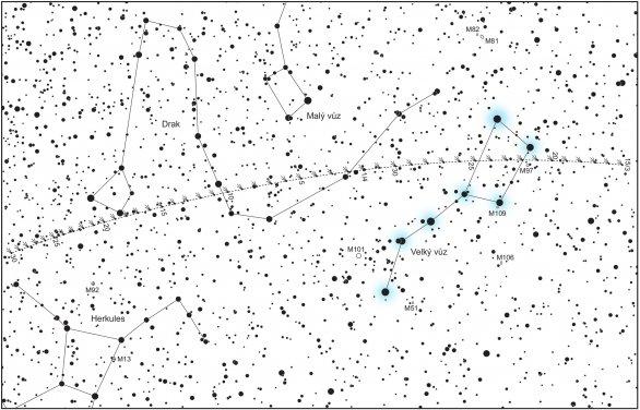 Mapka na vyhledání komety 41P/Tuttle-Giacobini-Kresák od 15. března (vpravo) do 30. dubna 2017 (vlevo). Zvýrazněn je známý útvar Velký vůz, který hledání komety velmi zjednoduší. Autor: Aleš Majer, KaL.