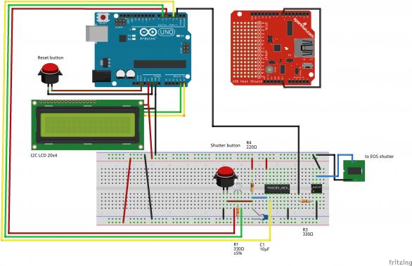 """Obr. 8.: Schématické zapojení Eclipse-ina. Schmittův klopný obvod s RC členem eliminuje zakmitání tlačítka, kterým se ovládá expozice. Optočlen je použit jako """"""""optický spínač"""" spouště. 4-řádkový LCD displej je řízen přes I2C rozhraní. Autor: Stanislav Daniš"""