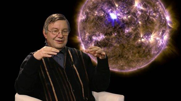 Michal Sobotka vypráví o Slunci v pořadu Hlubinami vesmíru Autor: TV Noe