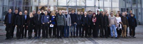 Společná fotografie účastníků 47. konference o výzkumu proměnných hvězd v Ostravě Autor: Martin Mašek