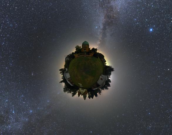 Malá planeta ondřejovské observatoře. Autor: Petr Horálek.