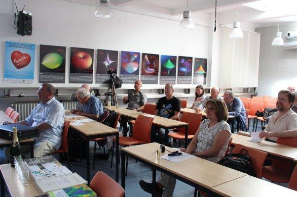 Křest monografie: J. Klokočník, J. Kostelecký, A. Bezděk, Gravitational Atlas of Antarctica, Springer, 2017 proběhl na květnové schůzce Kosmologické sekce ČAS