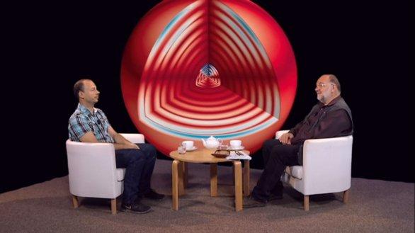 doc. Michal Švanda a moderátor Jinřich Suchánek v pořadu Hlubinami vesmíru Autor: TV Noe