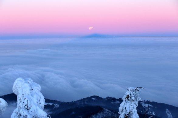 Snímek Měsíční stínohra. Autor: Martin Podžorný
