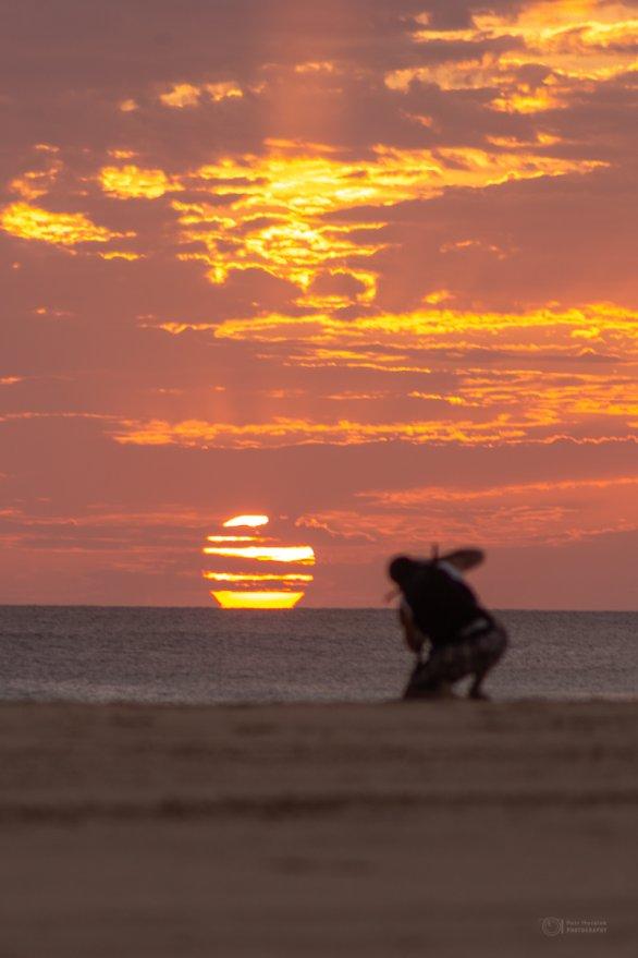 Dramatický západ Slunce z ostrova Boa Vista. Autor: Petr Horálek.