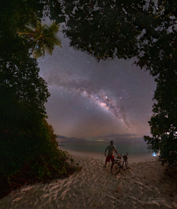 Mléčná dráha z ostrova Soneva Fushi na Maledivách. Autor: Petr Horálek.