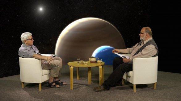 Dr. Jiří Grygar a Jindřich Suchánek, moderátor pořadu Hlubinami vesmíru Autor: TV Noe