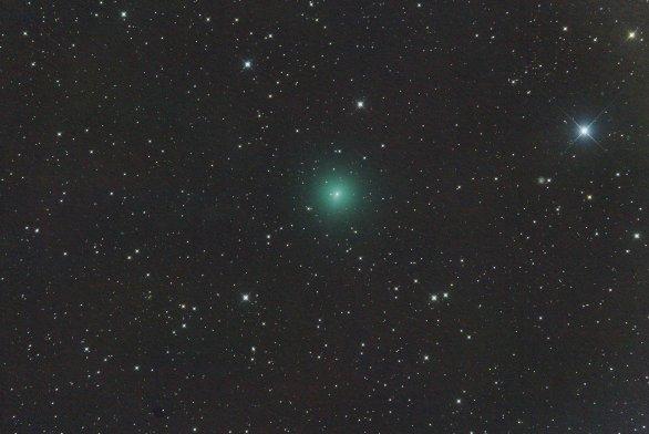 Kometa C/2019 Y4 (ATLAS) 14. března 2020, 42×30s, ISO12800, Canon 6D, Orion CT8, ořez Autor: Martin Gembec