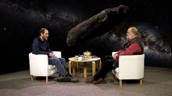 Mgr. Petr Scheirich, Ph.D. a moderátor pořadu Hlubinami vesmíru Jindřich Suchánek Autor: TV Noe