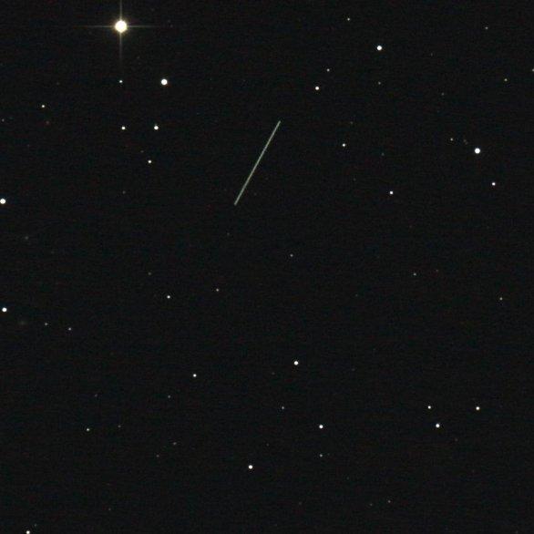 Snímek planetky (52768) 1998 OR2. Autor: Miroslav Lošťák