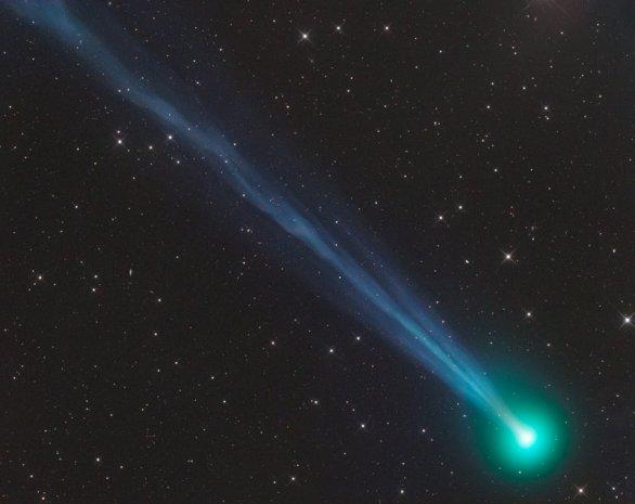 Jedny z nejlepších snímků komet najdete na webu www.astrostudio.at, z něhož laskavě se svolením autora přebíráme i tento úchvatný snímek komety C/2020 F8 (SWAN) pořízený 29. dubna 2020 Autor: Gerald Rhemann