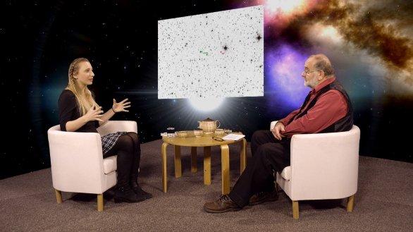 Mgr. Kateřina Hoňková hovoří s Jindřichem Suchánkem v pořadu Hlubinami vesmíru Autor: TV Noe