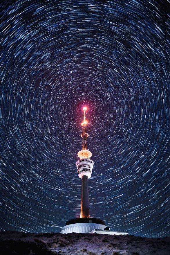 Osamělá věž. Autor: Josef Skokanič.