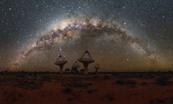 Australia Square Kilometre Array Pathfinder (ASKAP) Autor: Alex Cherney/CSIRO