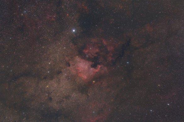 Fotografie mlhoviny Severní Amerika (NGC 7000) od Jakuba Pelce ze skupiny Digitální astrofotografie. Autor: Jakub Pelc