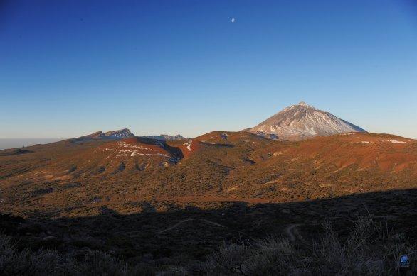 Pico de Teide a Měsíc v první čtvrti Autor: Zdeněk Bardon