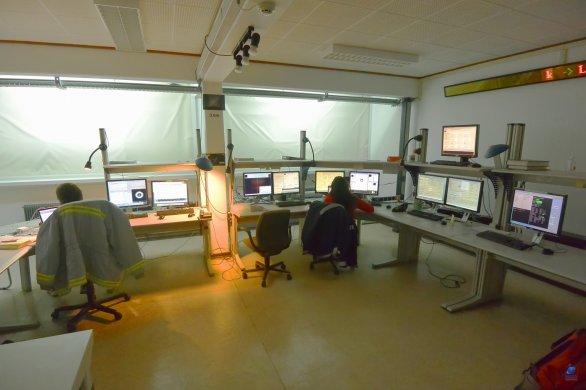 Kontrolní místnost pro dálkové řízení dalekohledu ESO 3,6 m. ESO, La Silla, Chile Autor: Zdeněk Bardon