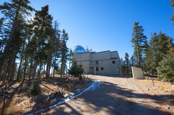 Observatoř The Vatican Advanced Technology Telescope (VATT). Mt. Graham, Arizona, USA Autor: Zdeněk Bardon